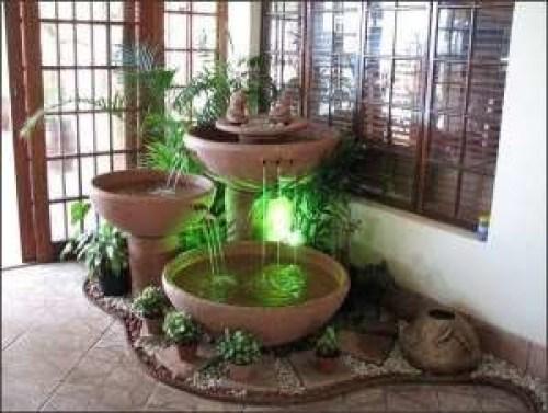 Fuentes de agua para jardines pequeños