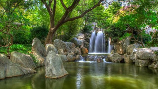 Cascada en el jardin chino de la amistad Sidney