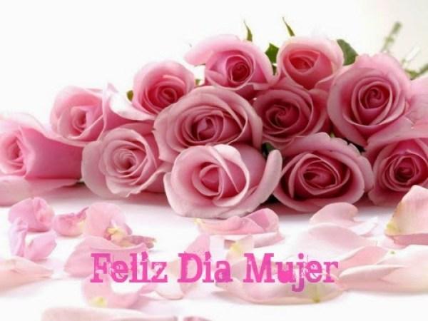 Feliz dia de la mujer rosas rosadas