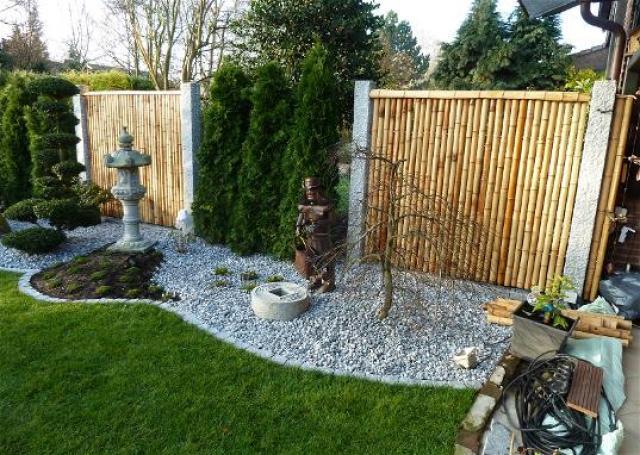 Ideas jardines decorativos con bambu y piedras