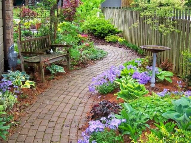 Fotos de lugares para descansar en el jardin