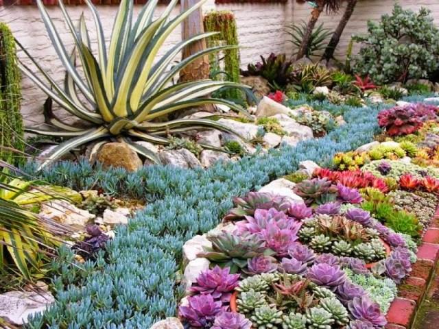Imagenes de jardines decorados con flores