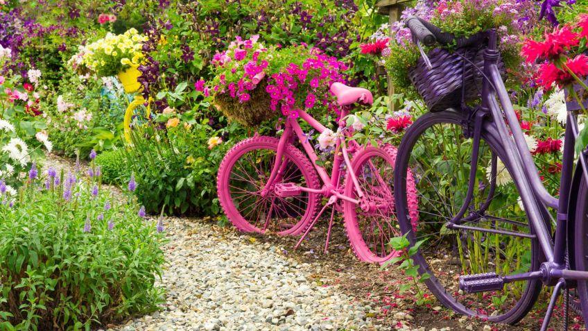 Imagenes con ideas de reciclaje con bicicletas para el jard n - Cosas para el jardin ...