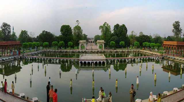 Imagenes del jardín persa Shalimar
