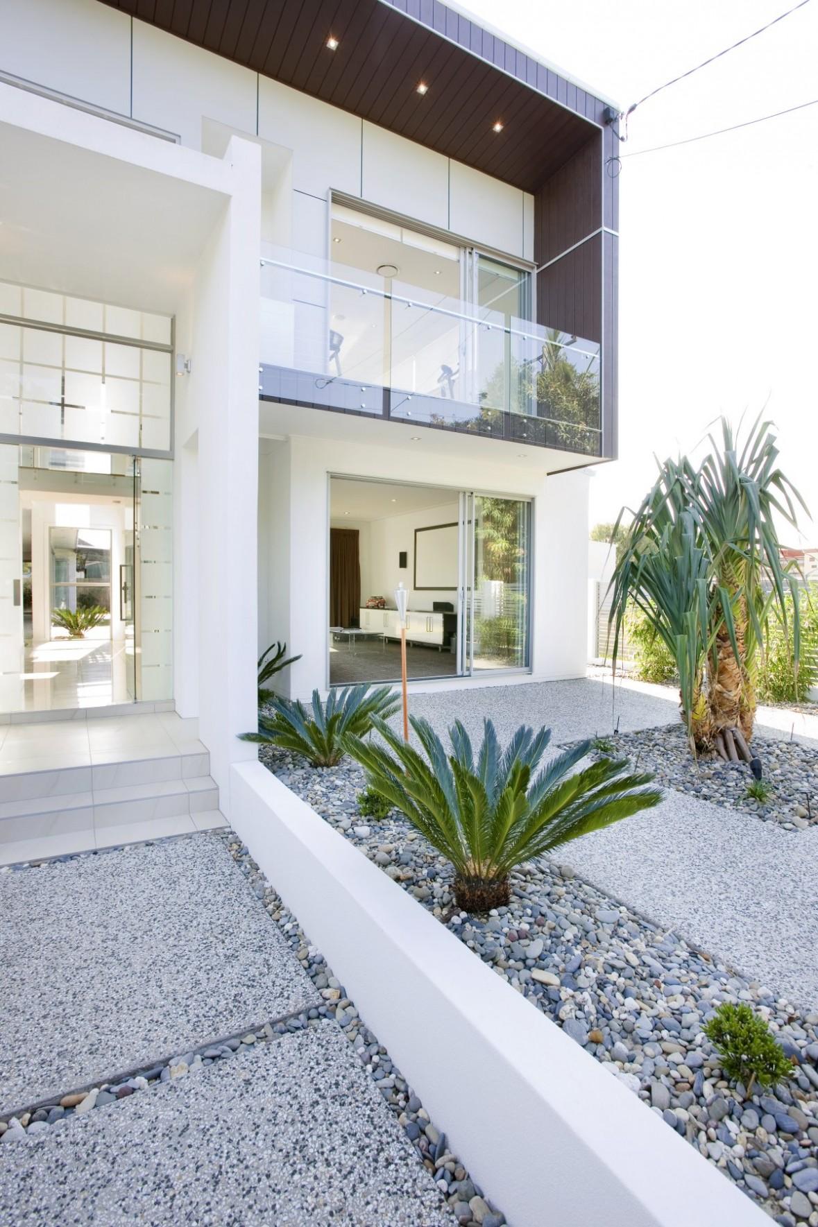 Jardines modernos minimalistas con piedras - Decoracion de exteriores jardines ...
