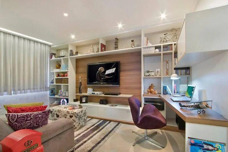 Apartamentos pequenos sala com home office Gerson Dutra de Sá e Ana Lucia Salama