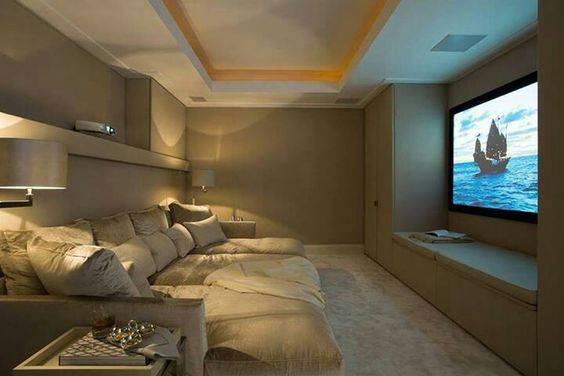 sofas modernos para sala de tv parker leather sofa reviews cinema em casa 55 dicas caprichar no ambiente retratil cinza