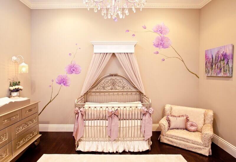 decoração de quarto de bebê de princesa