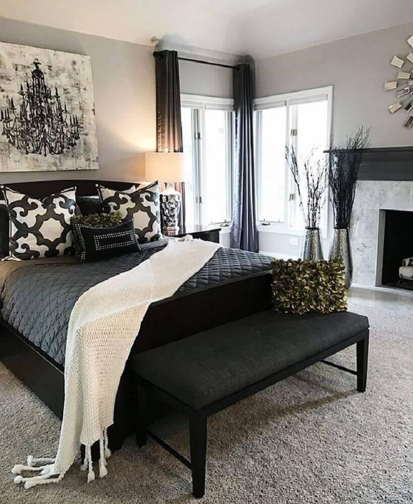 quarto preto e branco decorado