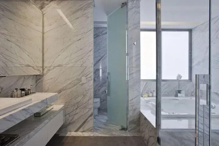 Banheiro em mármore Projeto de Gislene Lopes