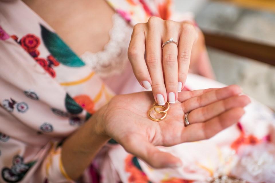 Como Limpar Ouro: 7 Receitas para Deixar suas Joias Brilhando