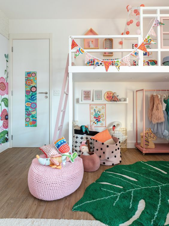 Creative and well decorated children's bed