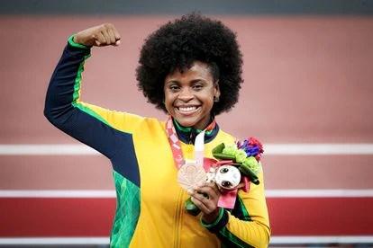 A atleta Julyana Cristina da Silva, medalha de bronze no arremesso de disco.
