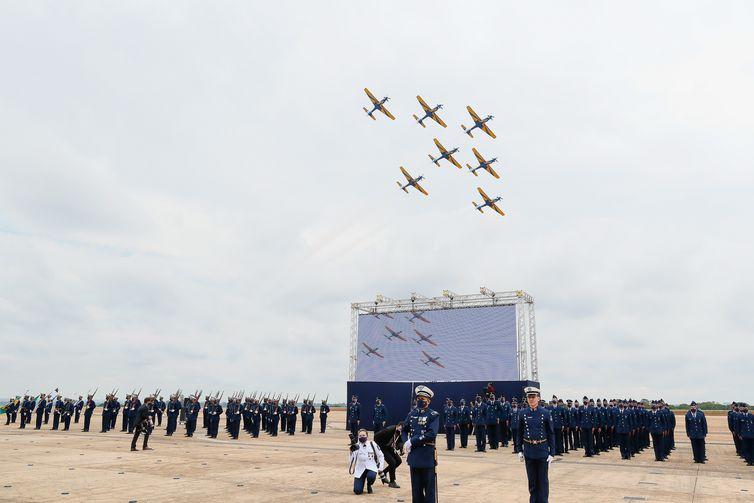 O presidente Jair Bolsonaro, participa comemoração do Dia do Aviador e da Força Aérea Brasileira.