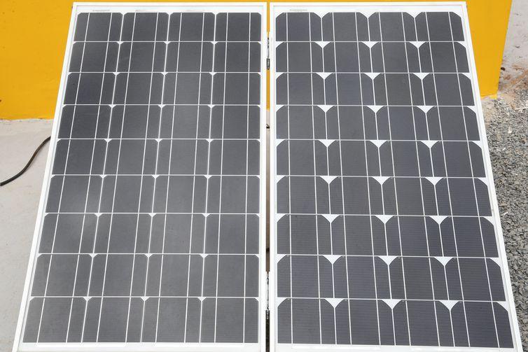 Brasília - Placas Fotovoltaicas criadas para transformar energia solar em elétrica (Antônio Cruz/Agência Brasil)