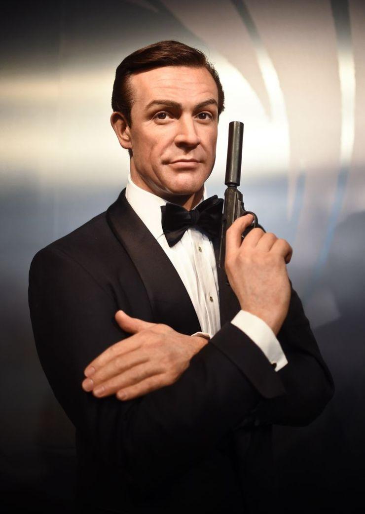 ator escocês Sean Connery no papel de James Bond