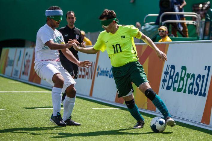 Rio de Janeiro, Brasil, 13 de Setembro de 2016. Ricardinho (10) no jogo Brasil x Irã Futebol 5 - Jogos Paralímpicos Rio 2016.