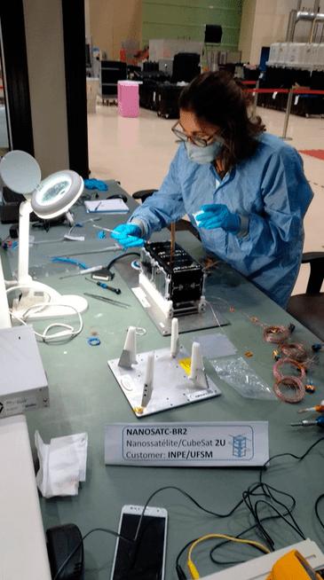 Cientistas e pesquisadores terão oportunidade de realizar pesquisas e testar novas tecnologias com o nanossatélite brasileiro.
