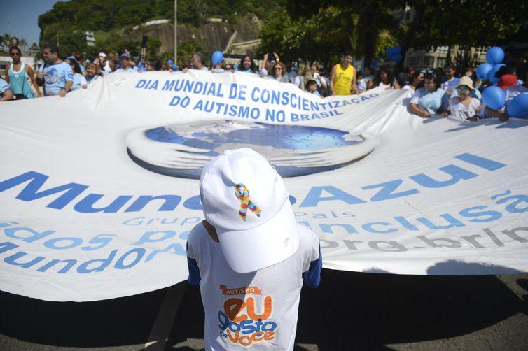 Rio de Janeiro - 8ª Caminhada do Dia Mundial da Conscientização do Autismo, ma zona sul da cidade (Tânia Rêgo/Agência Brasil)