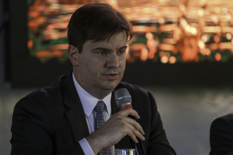 Secretário executivo do Ministério da Integração Nacional (MI), Gustavo Canuto, participa da abertura do seminário Programa Interáguas – Contextualização e Avaliação.