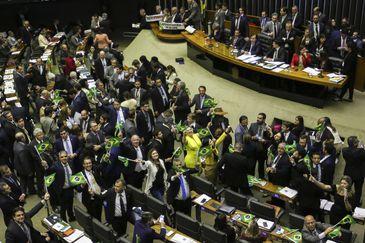 Plenário da Câmara inicia votaçao da reforma da Previdência