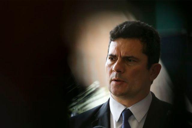 O futuro ministro da Justiça e Segurança Pública, Sérgio Moro, fala à imprensa no CCBB, em Brasília.