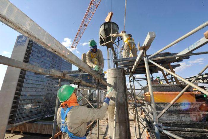 Indústrias, fábricas,Obras de construção, edifício sede do SENAI,construção civil