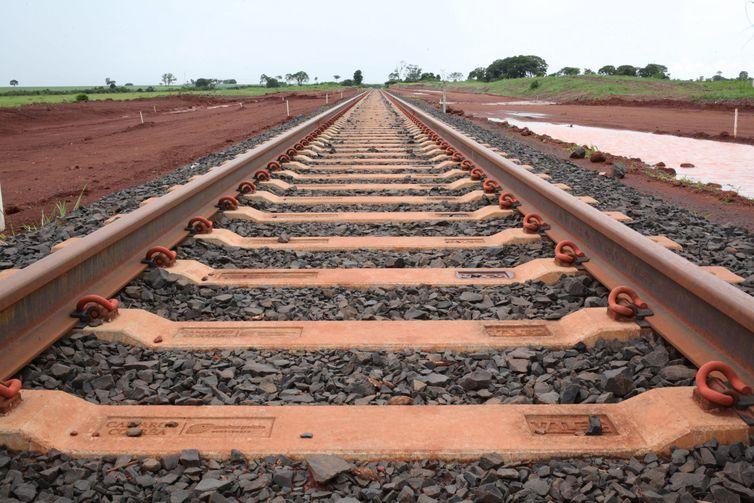 Rio Verde (GO) - Obras de implantação do Polo de Cargas do Sudoeste de Goiás da Ferrovia Norte-Sul, trecho Rio Verde-Santa Helena de Goiás (Beth Santos/Secretaria-Geral da PR)