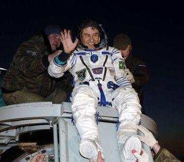 O astronauta brasileiro Marcos Pontes, quando foi ao espaço em 2006