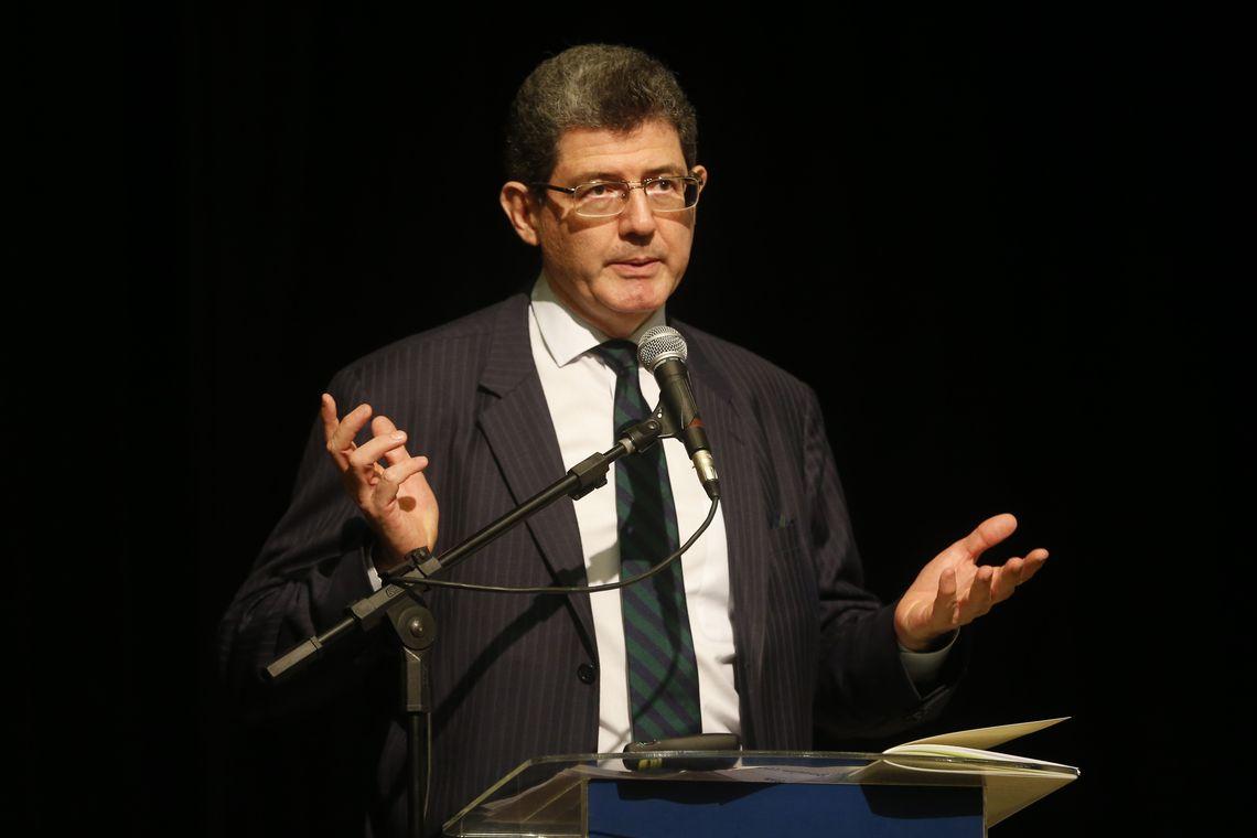 Joaquim Levy cabeça a prêmio Bolsonaro