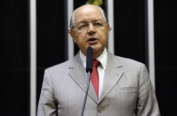 Após sete mandatos consecutivos, Luiz Carlos Hauly despede-se da Câmara