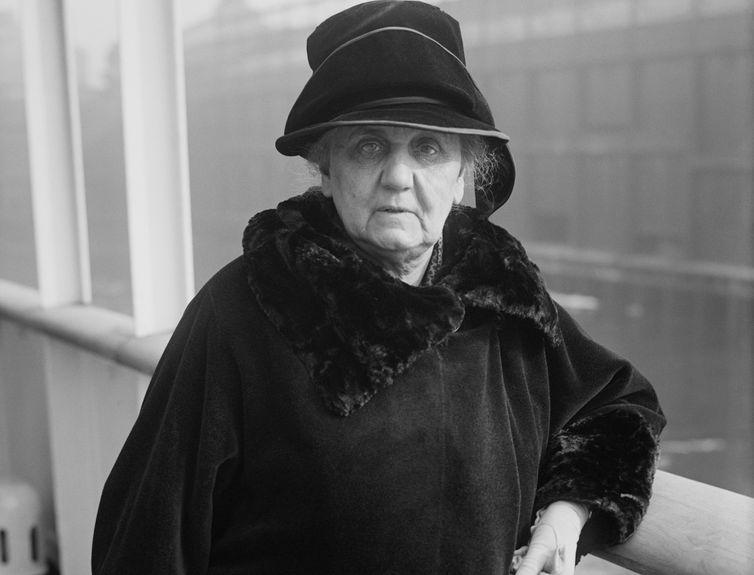 Jane Addams lutou por muitos anos pela pacificação e desarmamento das grandes potências mundiais