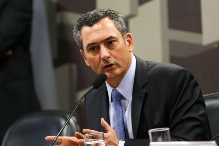 O ministro da Fazenda, Eduardo Guardia, participa de audiência pública  na Comissão de Assuntos Econômicos (CAE) do Senado.