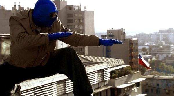 Markp Zaror é o protagonista em Mirageman, o super-herói do cinema chileno