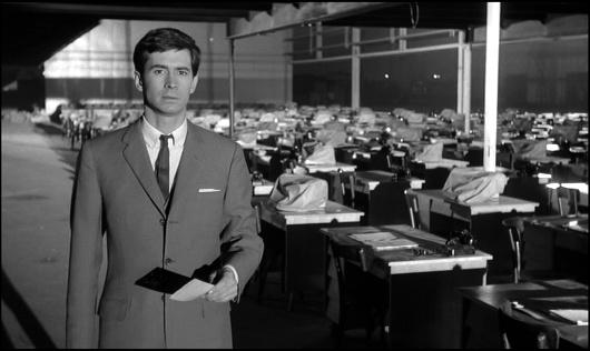 Anthony Perkins, de Psicose, foi Joseph K em uma versão cinematográfica de O Processo!