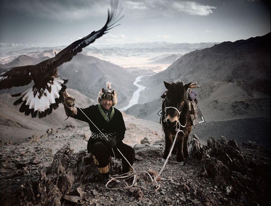 A vida de tribos que estão desaparecendo pelo mundo 03