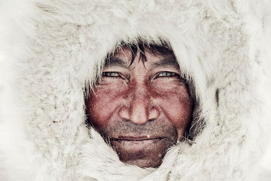 A vida de tribos que estão desaparecendo pelo mundo 44