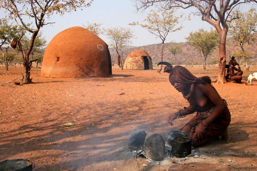 A beleza da tribo Himba, os últimos povos nômades da África