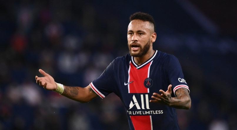 Neymar é expulso, acusa rival de racismo e PSG perde para o Olympique no  Francês