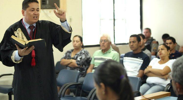 No tribunal do júri, sete pessoas definem se o acusado é culpado ou inocente (Foto: Itawi Albuquerque/TJ-AL)