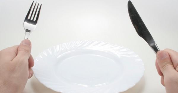 Resultado de imagem para prato vazio