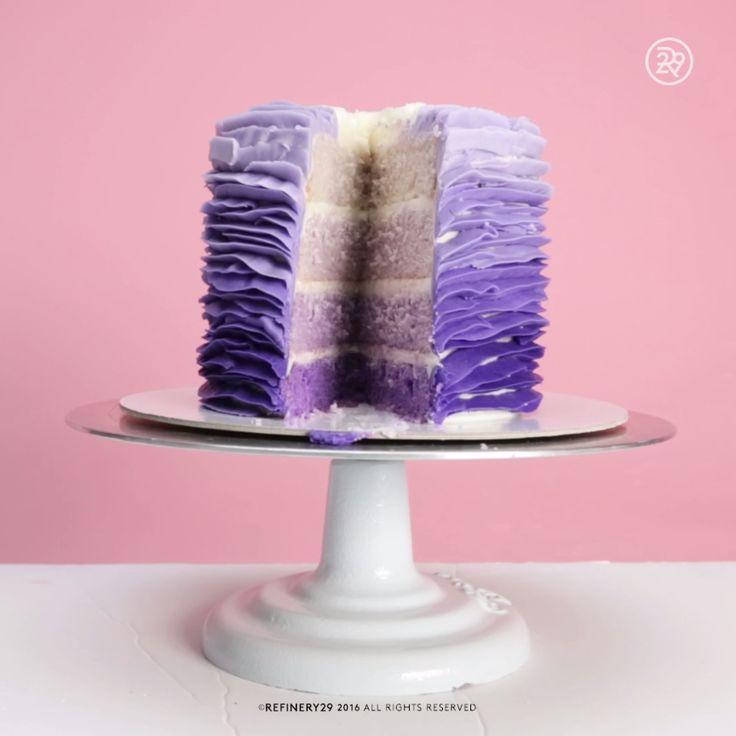 Você viu cabelos, unhas e talvez até roupas, mas e bolos?