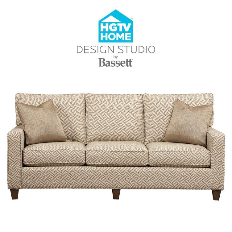 Bassett HGTV Home Design Studio Customizable Medium Sofa Great