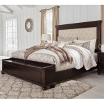 Signature Design By Ashley Brynhurst Traditional King Upholstered Bed With Footboard Storage Bench Royal Furniture Upholstered Beds