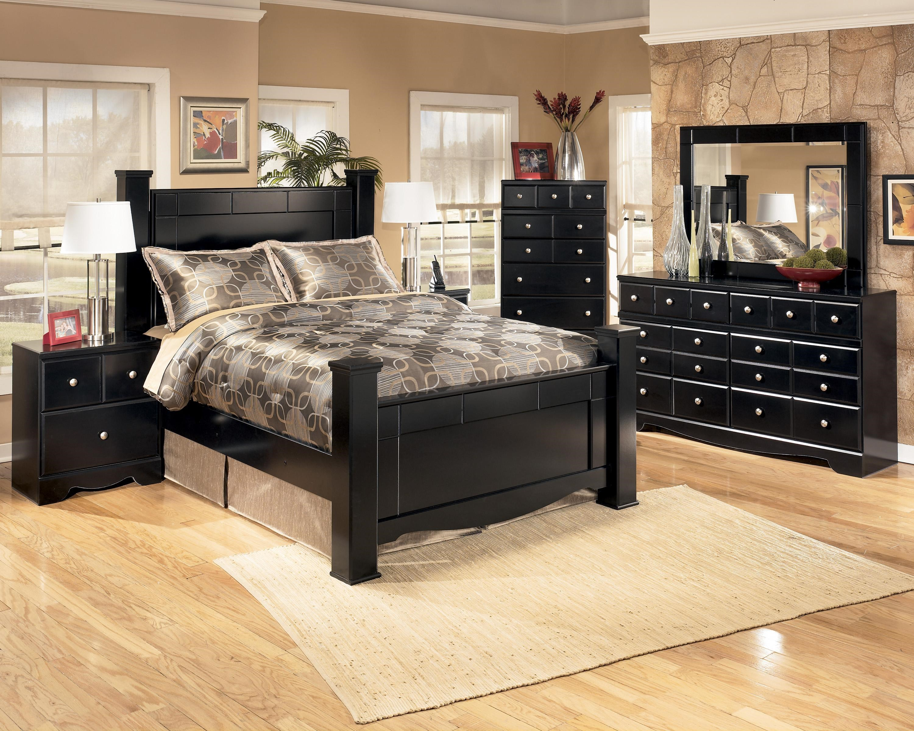 Signature Design By Ashley Shay 5 Piece Queen Bedroom