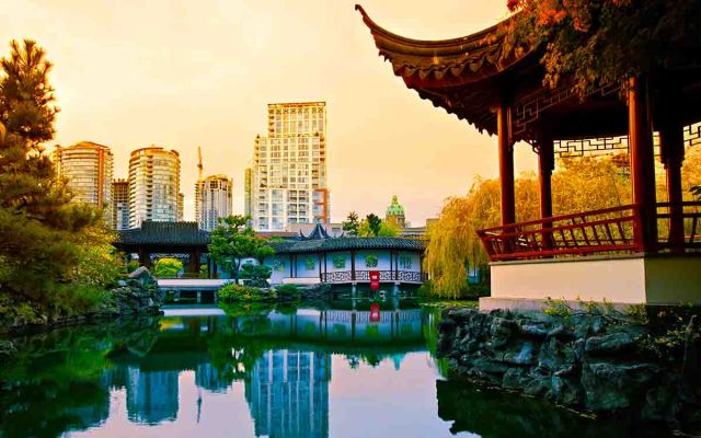 Dr. Sun Yat-Sen Classical Chinese Garden is 07 place in your list of top vancouver photography spots