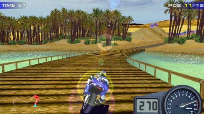 Moto Racer 2 screenshot 2
