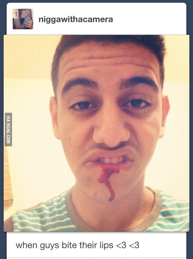 What does it mean when a guy bites his lip - Nircz