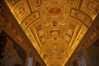 Skip the Line Complete Vatican Tour with St Peters