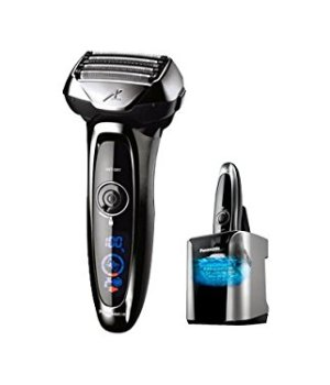 Panasonic Nass-/Trocken-Rasierer ES-LV95 mit superflexiblem 2D-Scherkopf, Barttrimmer für Herren, elektrische Rasur, mit Lade- und Reinigungsstation